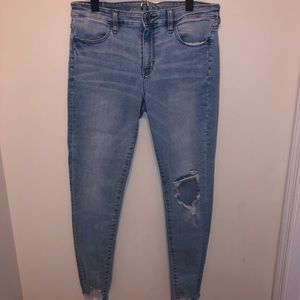 American Eagle Ripped Super Stretch Jeggings